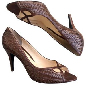 COLE HAAN BROWN WOVEN LEATHER OPEN TOE PUMPS